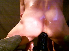 Monster Oliver - In my oiled ass