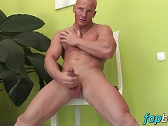 Muscular dude Alfredo Castaldo loves stroking his meatsicle