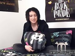 Cute emo Mylo Fox jerking off
