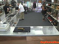 Fooled pawnshop straighty gets facefucked