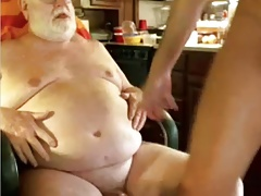 grandpa couple play on cam