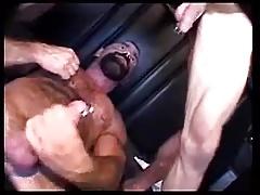 Trucker Fuckers Caminhoneiro Pelado.flv