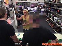 Straight pawnshop surfer cockriding in trio