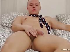 Twink Dale Madden Foot Fetish Jerk Off