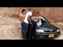 3 latinos.wmv