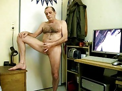 mature daddy jerking off