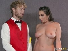 Succulent Nymphomaniac Girl Seduces Servant At The Cinema