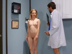 Slender nymph enjoys fantastic sex with experienced doctor