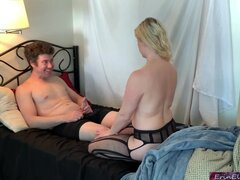 Stud gives blonde stepmom dicking she needed so much