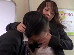 Kasumi Risa loves a rear bonk in a train