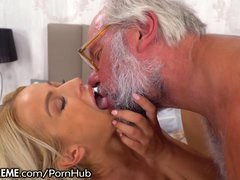 21Sextreme Fucking and Fingering Grandpa