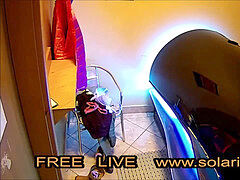 plumper huge girl masturbates in Live Voyeur solarium.tv