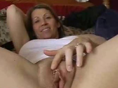 Teasing MILF Playing With Her Raw Oyster