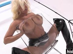 Britney Amber in latex boots masturbating