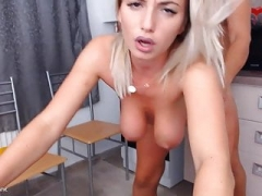Romanian gal from Duisburg goes crazy on online camera