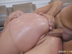 Big tits goddesses PAWG Angela White analyzed in nylons