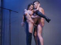 Fit babe Madison Ivy fucks in a pair of leather boots