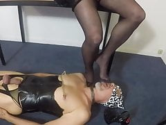 Foot slave to dom crossdresser
