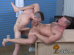 Group fat men gay porn Brian Bonds and Axel Abysse stir to the office and Axel is on his