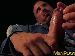 Stripper jock enjoys a passionate drilling from businessman