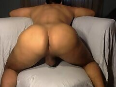 Spreading my Bubble Big Ass and Exposing my Hole