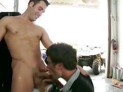 Twink blows gay jock amateur