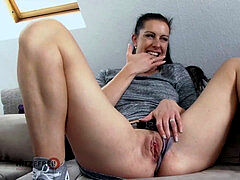 HITZEFREI German mature filthy Tina has her bootie banged