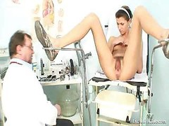 Funny Angela gyno snatch exam with speculum. Gyno fuck hole positively speculum checkup on gynochair at kinky gyno clinic by o