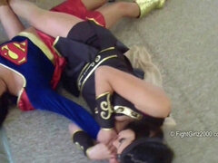 Lesbian cosplay girls - hot catfight video