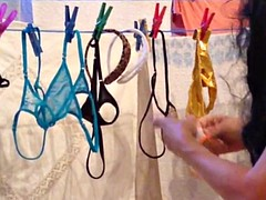 to hang the washing up in tight jeans and Tangas aufhaengen