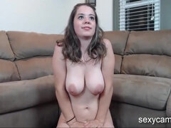 Nasty camwhore bates sucking fornicate and gives a titjob live