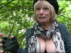 Mature Outdoor oral job Compilation