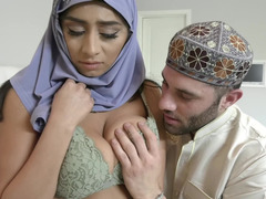 Religious Arab girl in hijab and boyfriend enjoy bareback on bed