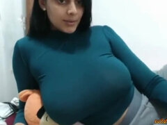 Desi BIG Breasts mommy Private Cam Show - Amateur Porn