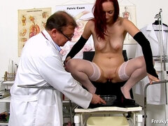 Kinky Doctor Rubs With Dildo A Pretty Little Clitoris Of My Sexy Babe