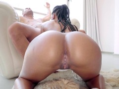Mocha-skinned beauty NoeMilk does a POV-style blowjob