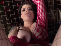 Ebony bully roughly analyzes curvy white slut in fishnets