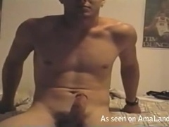 Dude Getting a Blowjob From his Boyfriend While He's Watching Porn